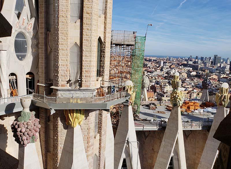 Vista da Torre da Paixão para o templo