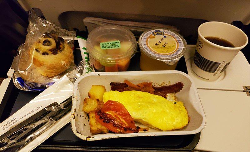 Café da manhã com omelete