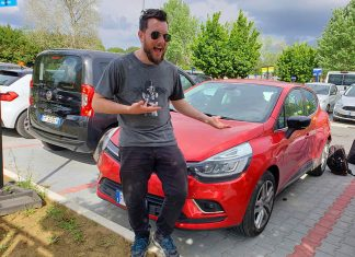 Faceiros com o carro alugado na Itália