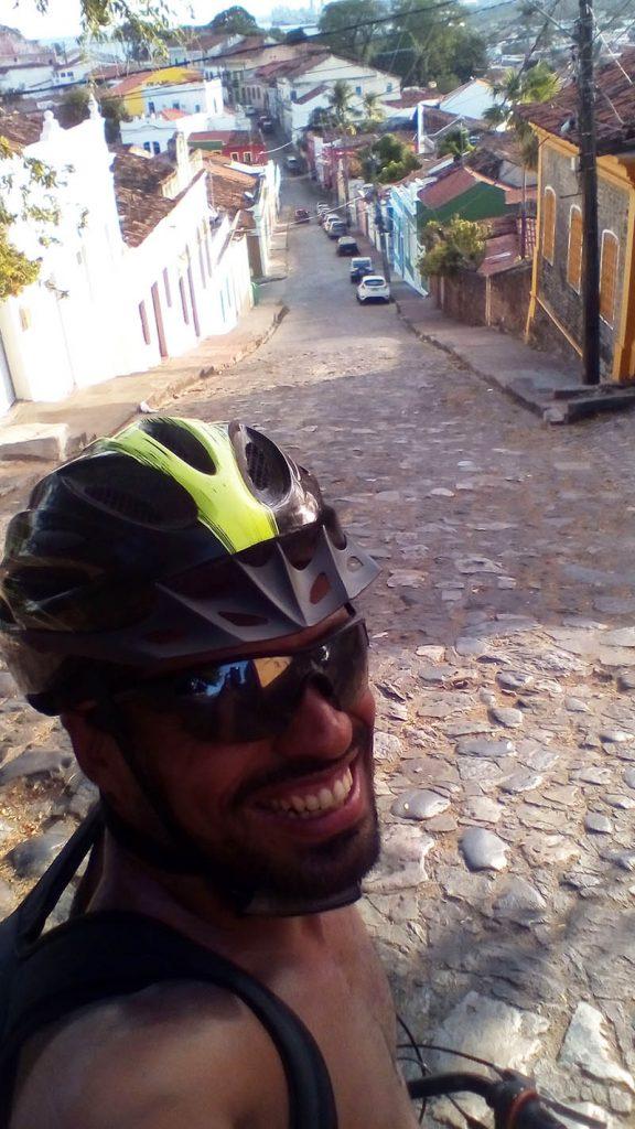 ladeira em olinda de bicicleta