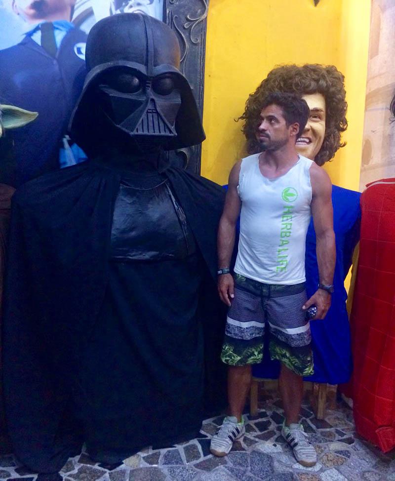boneco do Darth Vader no museu de bonecos dicas de viagem pernambuco