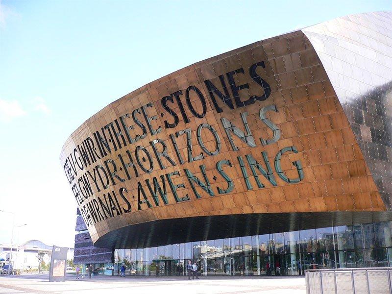 fachada Wales Millennium Centre
