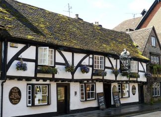 Pub antigo na Inglaterra