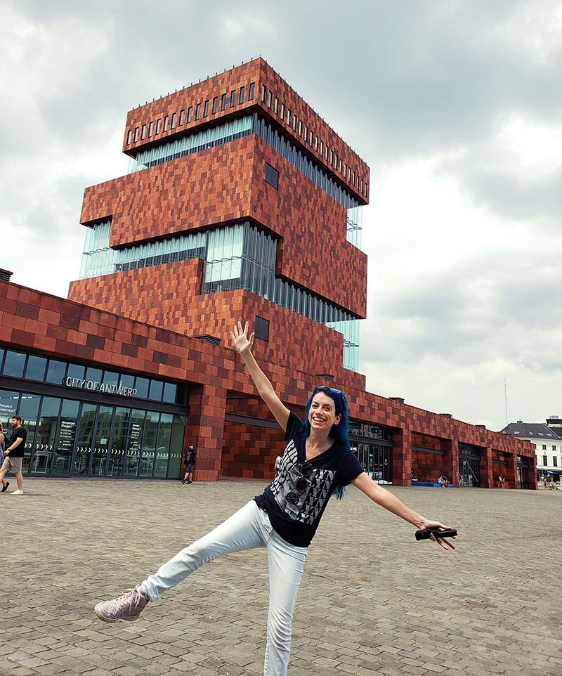 Museum aan de Stroom mas arquitetura