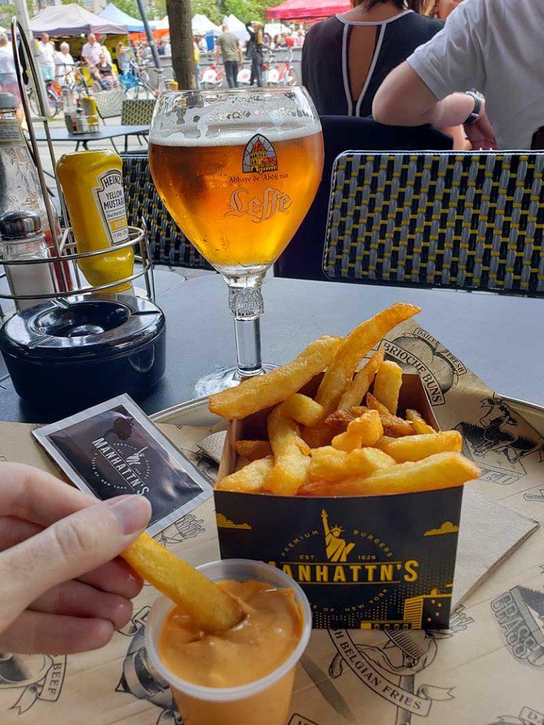 Batata frita e cerveja na Bélgica