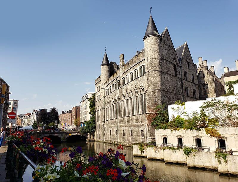 Arquitetura linda em Gent