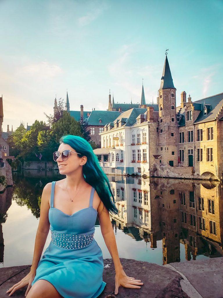 O lindo Rozenhoedkaai em Bruges