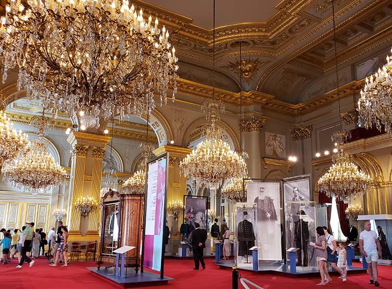 sala interior do palacio real