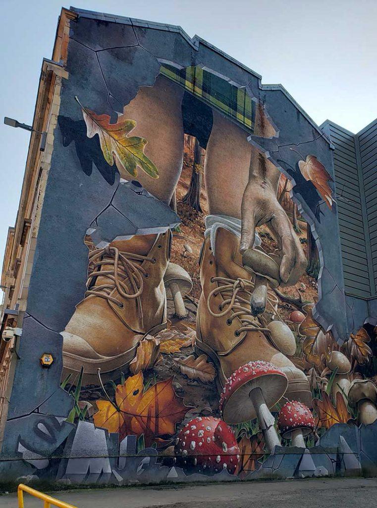 Mural em Glasgow com temática de outono
