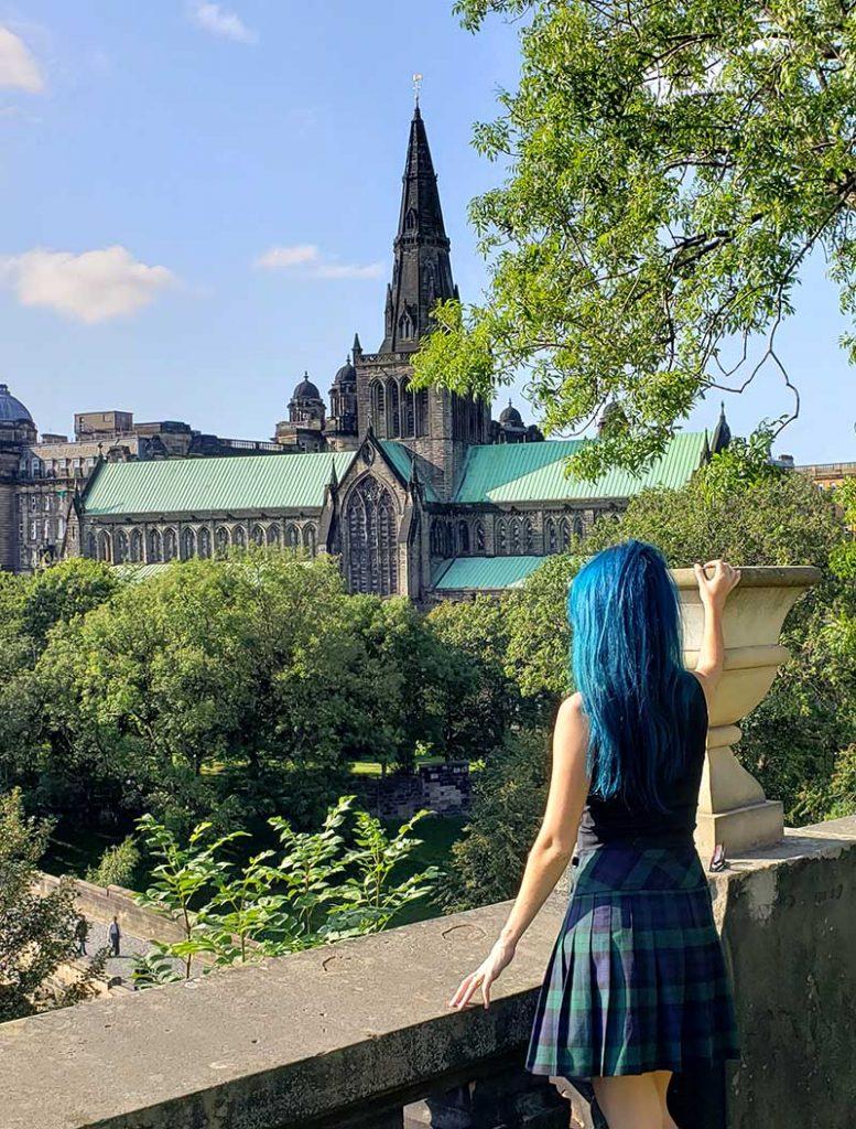 Vista da Necropolis para a Catedral em Glasgow