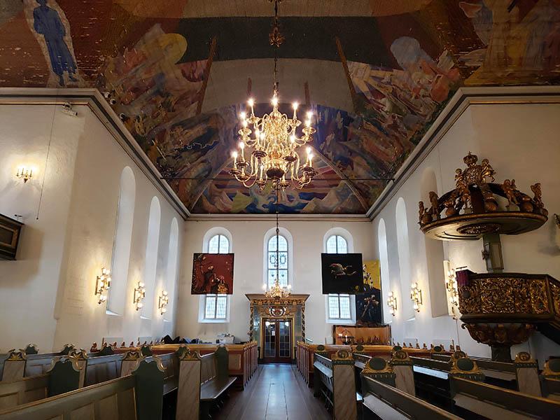 Interior da catedral capital noruega