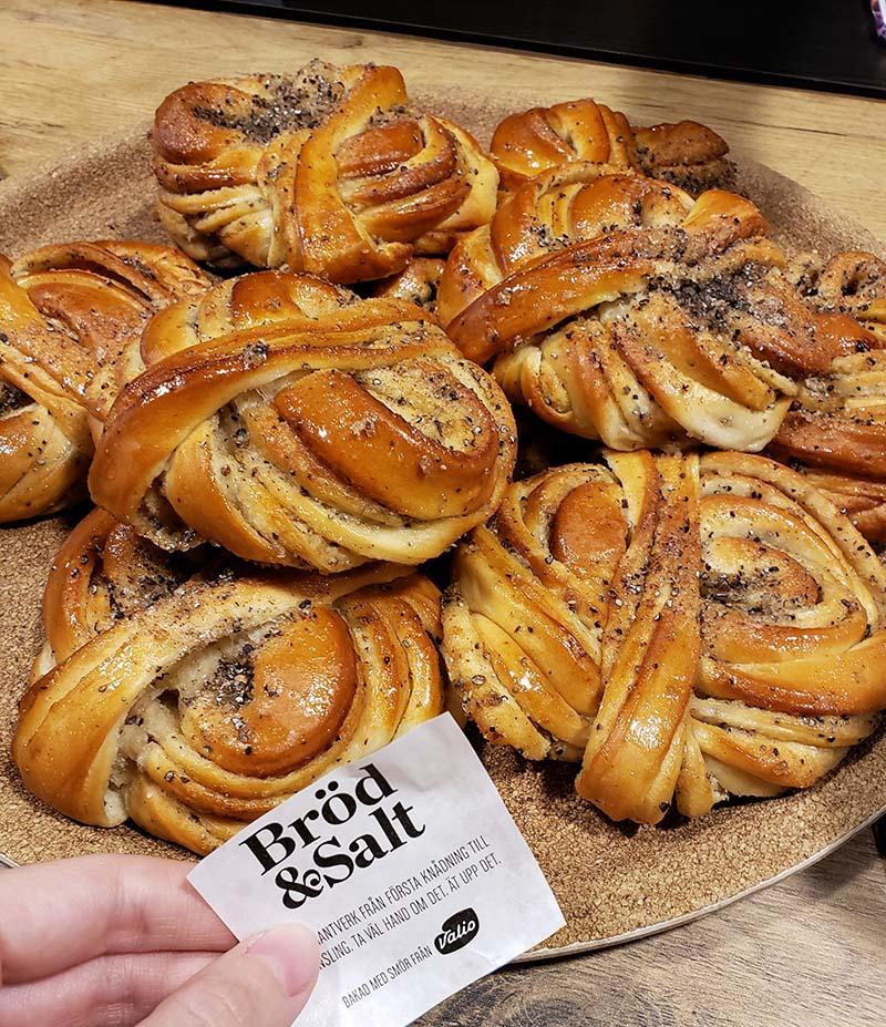 doce tipico sueco kanelbullar