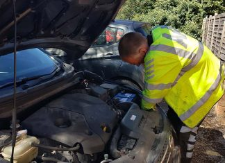 conserto de carro mecanico inglaterra garantia