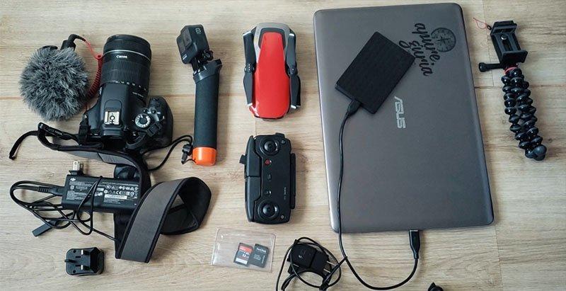 equipamentos blogueira de viagem youtuber