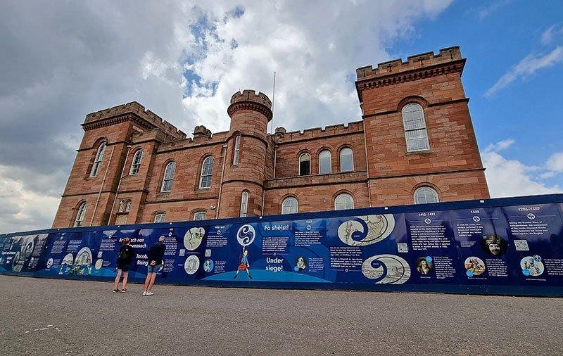 fachada castelo de inverness escocia