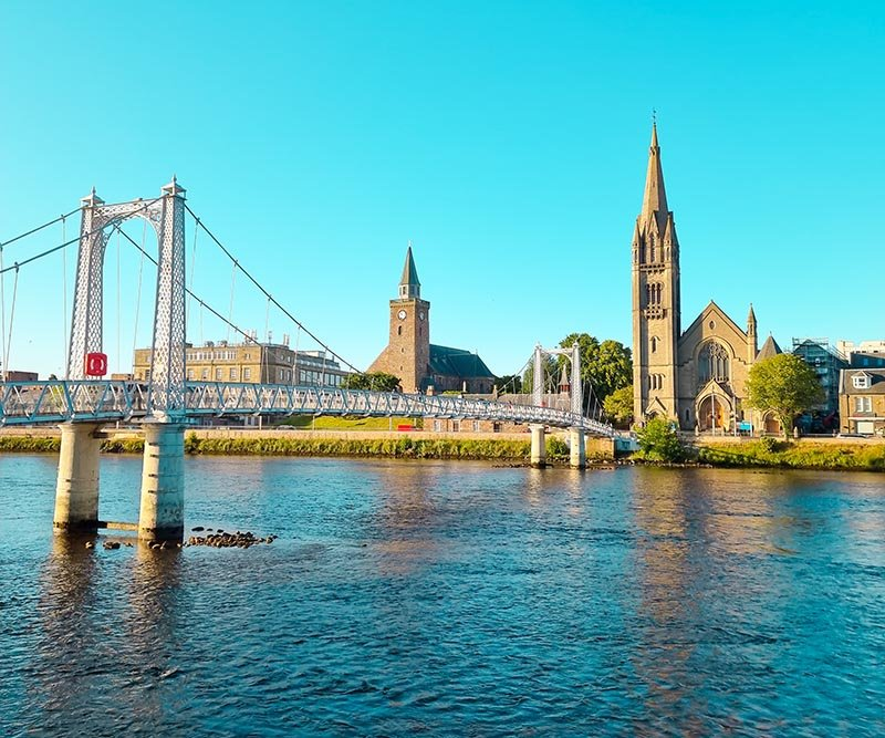 dicas inverness escocia igreja e rio ness