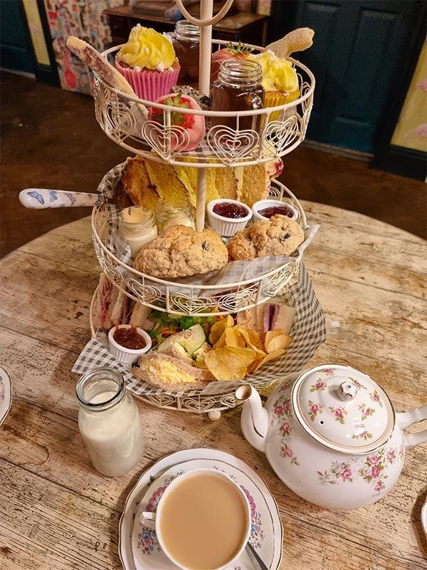 como e cha na inglaterra afternoon tea high tea