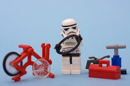 ate-onde-deu-pra-ir-de-bicicleta-starwars-pneu