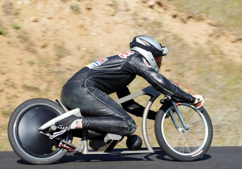 ate-onde-deu-pra-ir-de-bicicleta-s1-gravity-bike-01