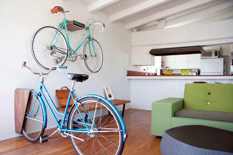 Bike e decoração: bike dividindo ambientes