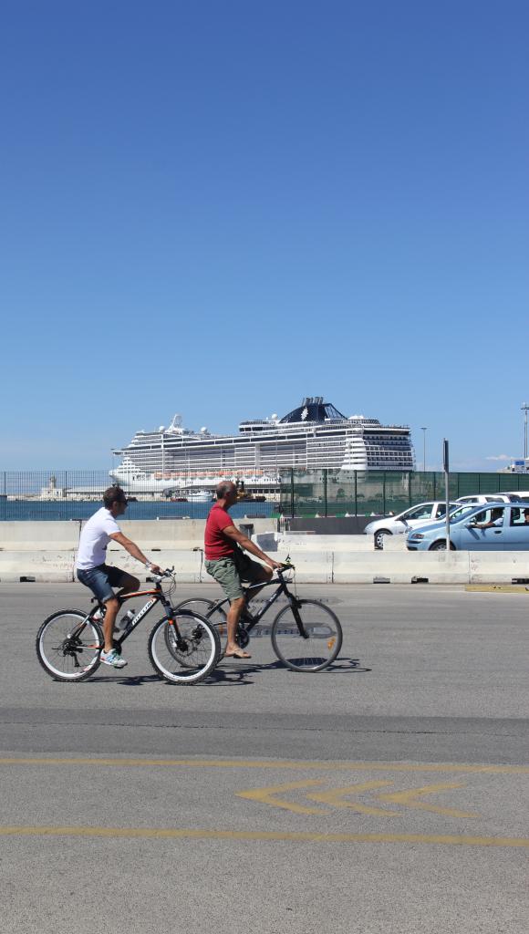 O porto de Bari. Foto: André Schetino