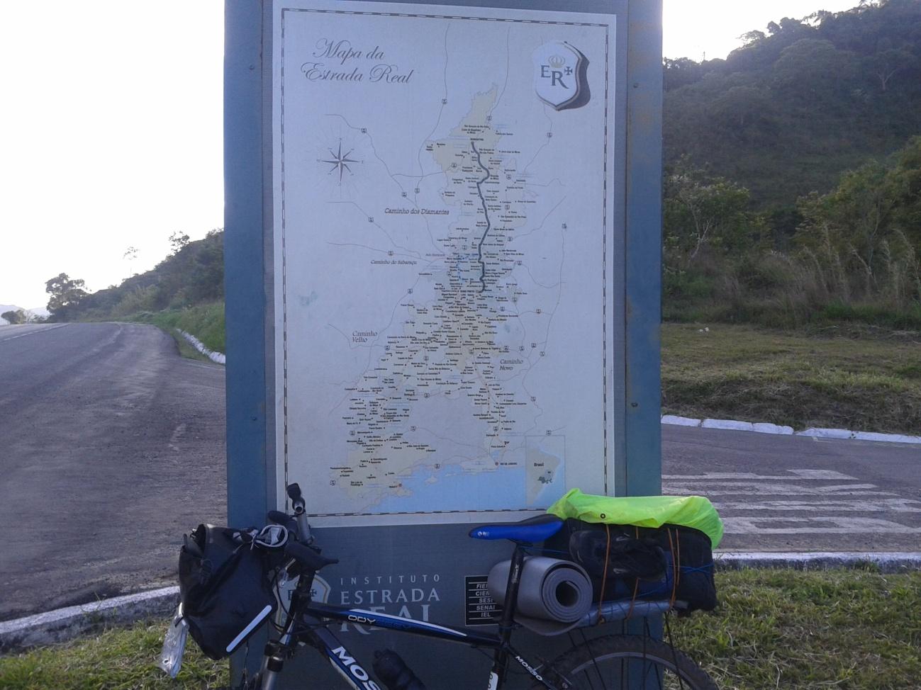 entrada de Olaria, às margens da BR-267