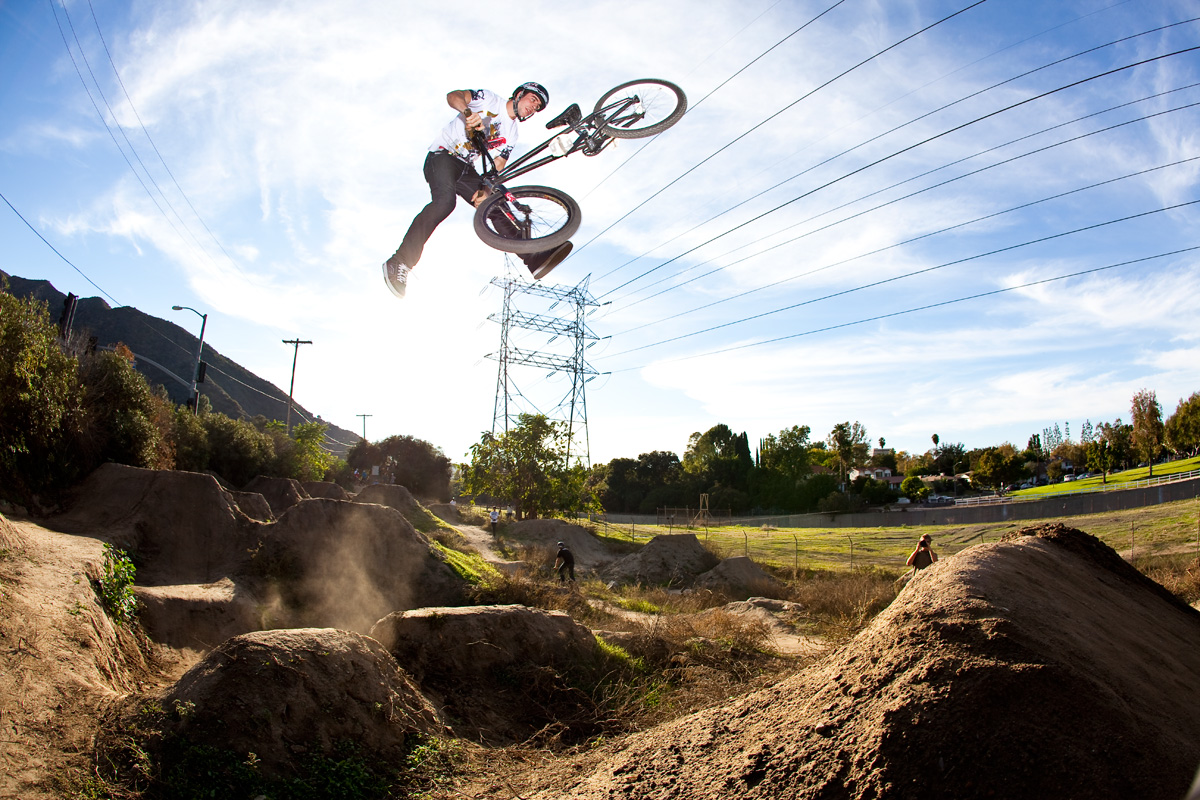 Até Onde deu Pra Ir de Bicicleta - Especial Ciclismo Modalidades - BMX - Dirt Jump
