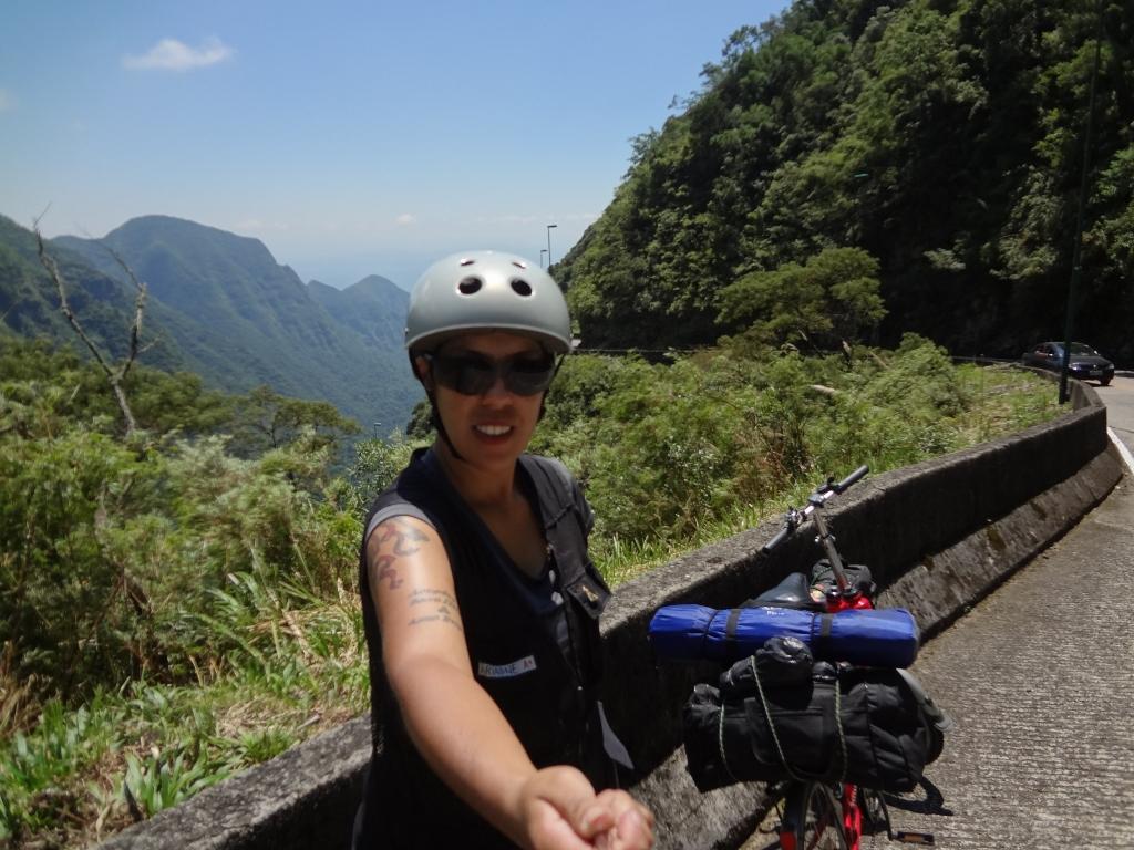 aventura com uma bicicleta dobrável