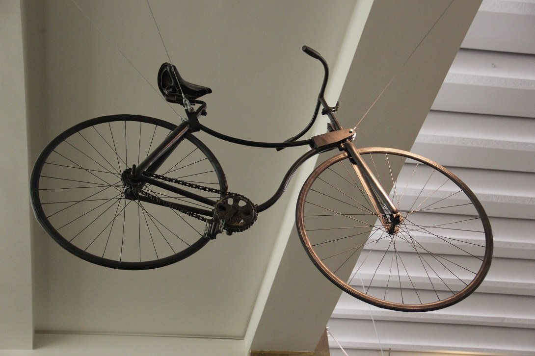 Rover Safety Bicycle, de 1885, no museu da ciência em Londres.