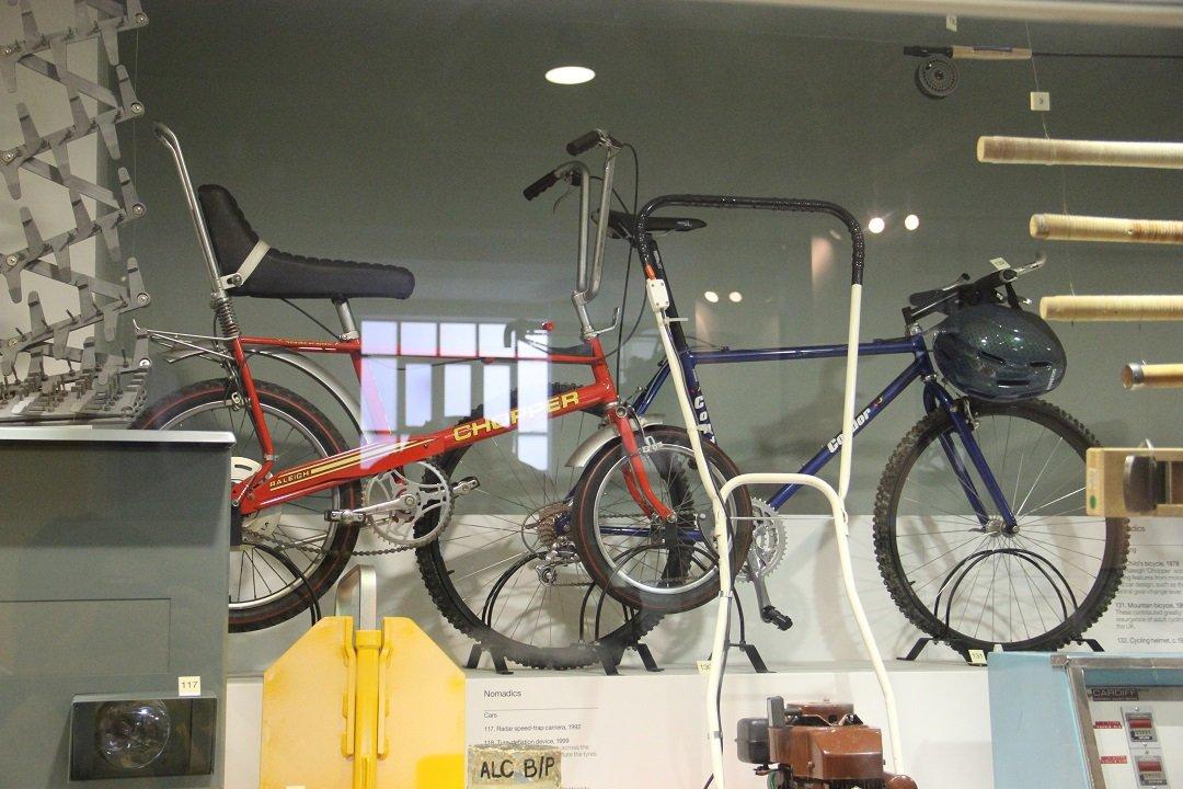 Raleigh Chopper de 1978, e Mountain Bike de 1993. Foto: André Schetino
