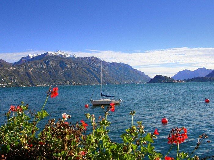 O Lago de Como. Domínio público, https://commons.wikimedia.org/w/index.php?curid=363956