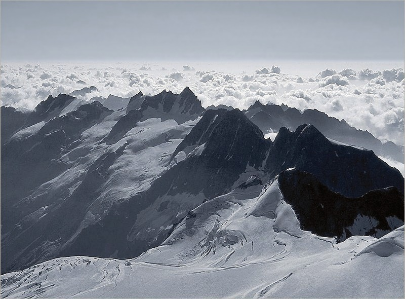 Panorama do Gran Paradiso. CC BY-SA 3.0, https://commons.wikimedia.org/w/index.php?curid=38204