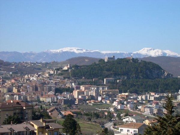 Vista de Campobasso. Pubblico dominio, https://commons.wikimedia.org/w/index.php?curid=703659