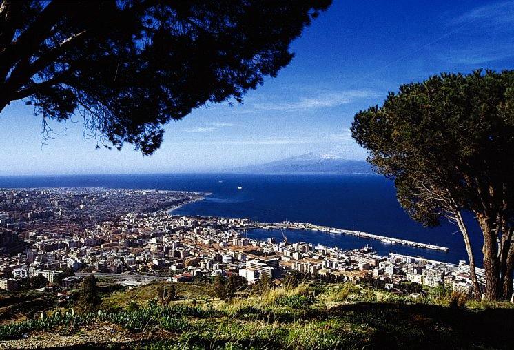 Reggio Calabria. Di Mimmo Zema - Opera propria, Pubblico dominio, https://commons.wikimedia.org/w/index.php?curid=1376502