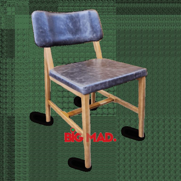 Cadeira em couro legitimo pilar