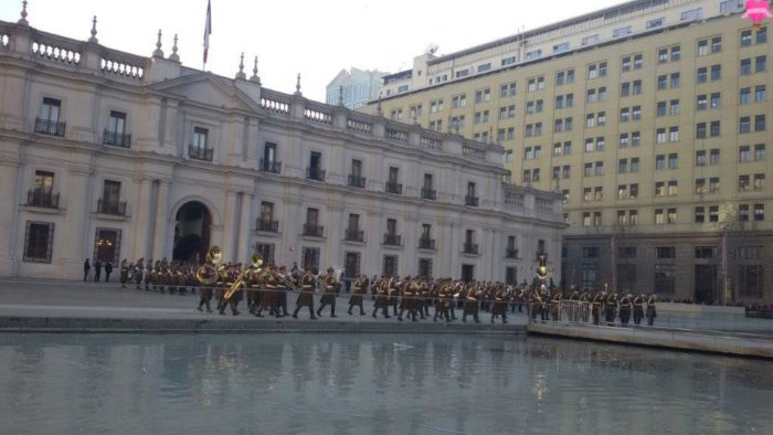 santiago-chile-troca-guardas