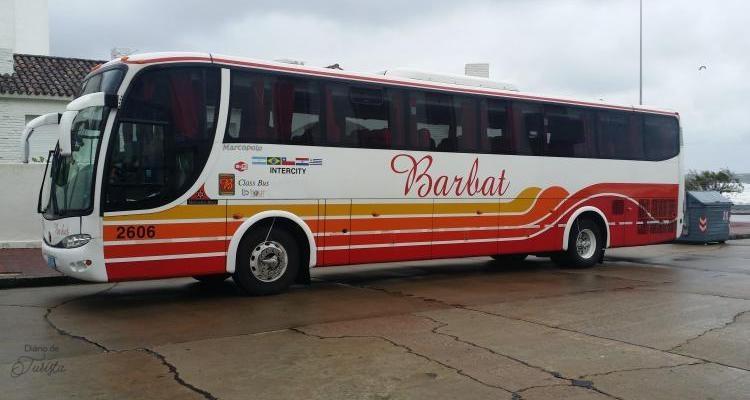 ônibus de passeio da LBTOUR