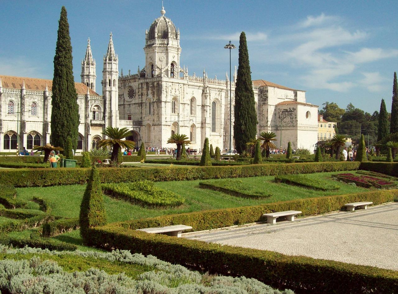 igreja de santa maria de belém lisboa