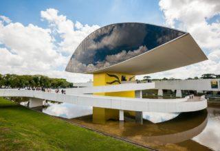 Linha Turismo Curitiba: melhor maneira de conhecer os pontos turísticos da cidade