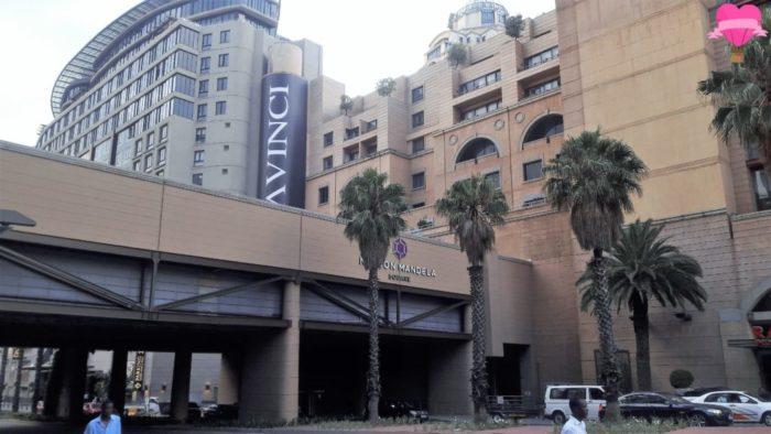 hotel-radisson-blu-gautrain-johanesburgo-sandton-africa-do-sul