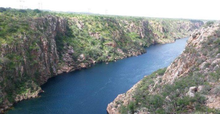 hidreeletrica-paulo-afonso-divisa-alagoas-bahia-nordeste-roadtrip