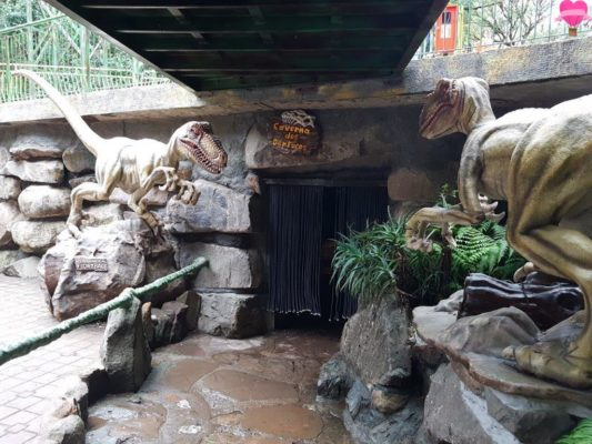 caverna-dos-dentucos-parque-terra-magica-florybal-canela-rs