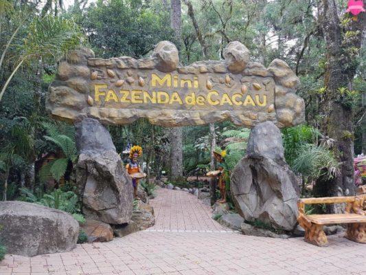 parque-terra-magica-florybal-canela-fazenda-cacau