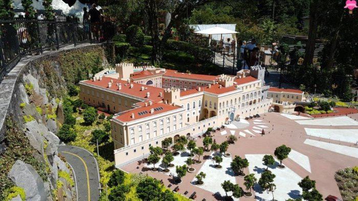 palacio-principe-monaco-mini-mundo-gramado-rs