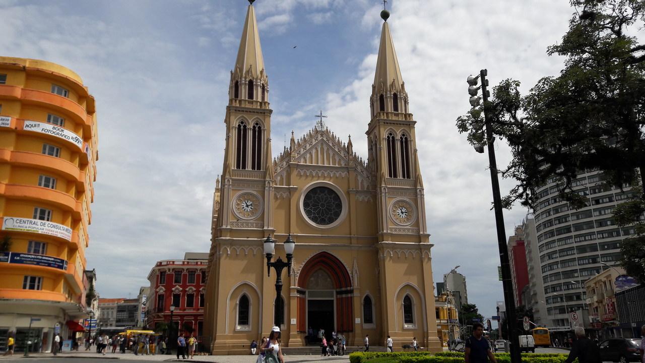 catedral-metropolitana-curitiba-centro-historico