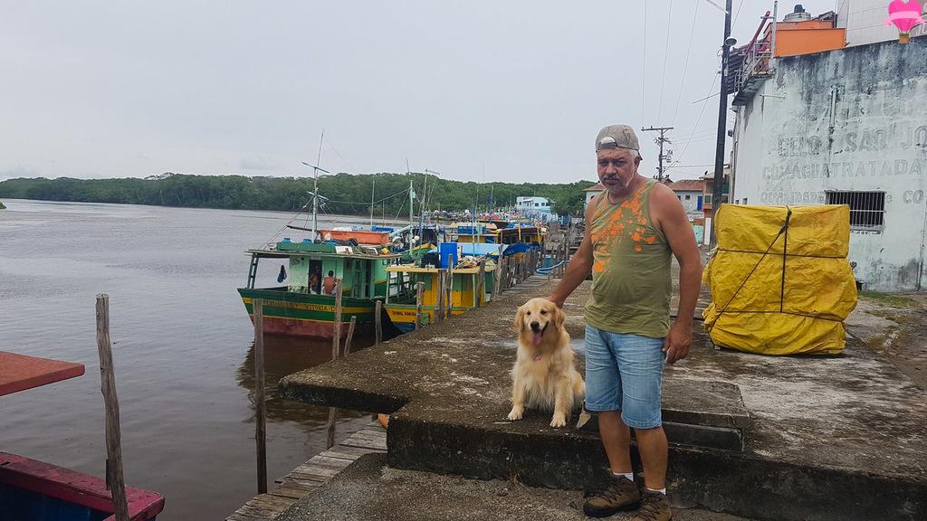 porto-pescadores-alcobaça-bahia