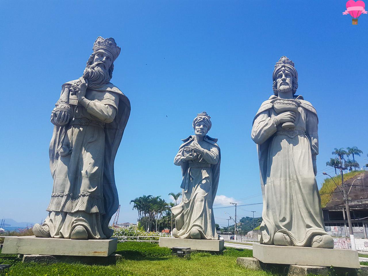 estatua-tres-reis-magos-angra