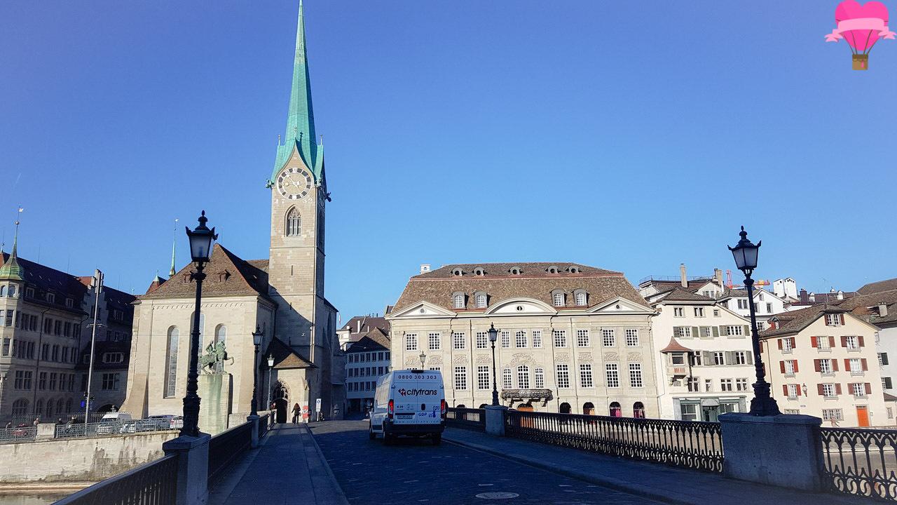 fraumunster-zurique-suica