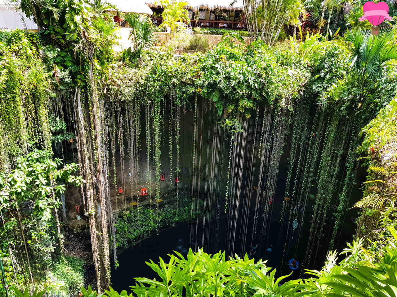 cenote-Ik-kil-mexico-cancun