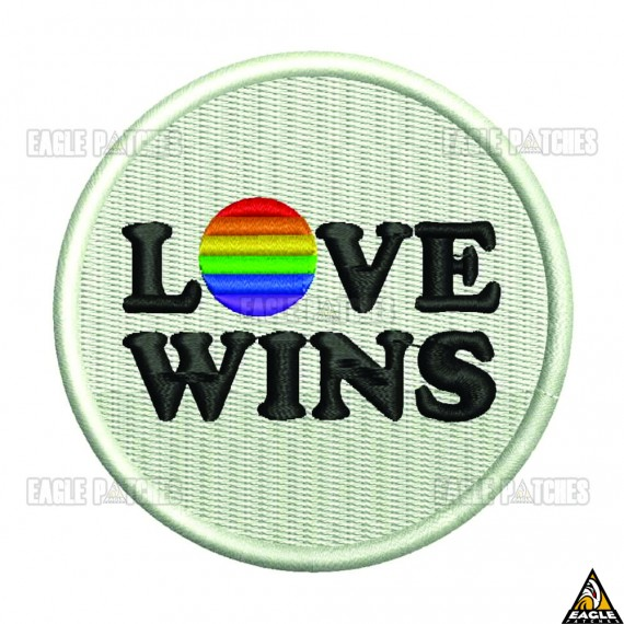 Patch Bordado Love Wins